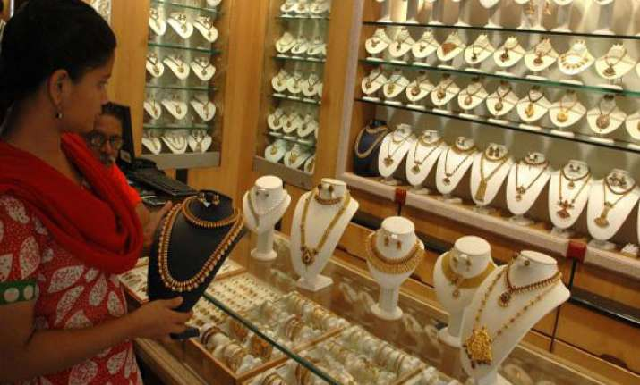 gold silver up on revival of buying global cues
