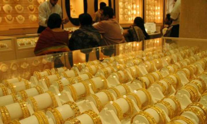 gold steady silver rises on industrial buying