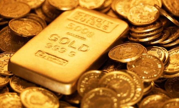 gold trade near two month lows silver strech losses