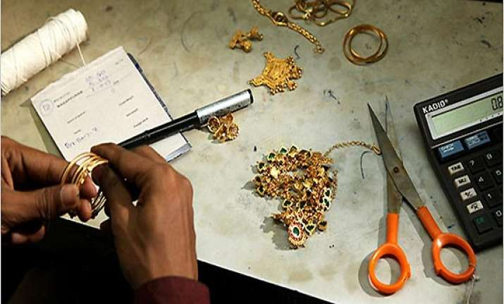 gold jewellery can t get loans beyond 60 per cent of value
