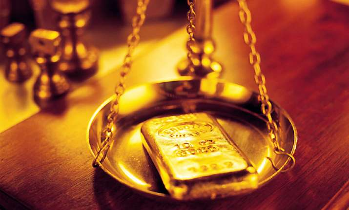 gold loses rs 90 silver gains rs 400