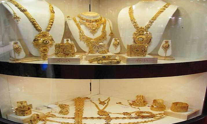 gold recovers by rs 100 silver by rs 1000 on fresh buying