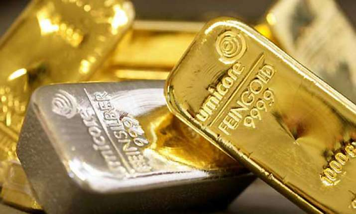 gold rises on fresh buying silver fall on reduced off take