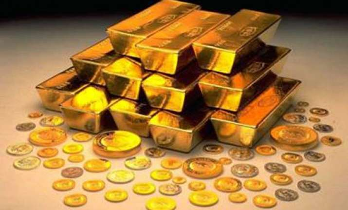 gold touches new record of rs 26 490 silver rs 59 200