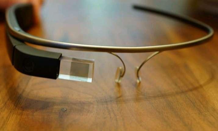 google glass is your neighbourhood surgeon