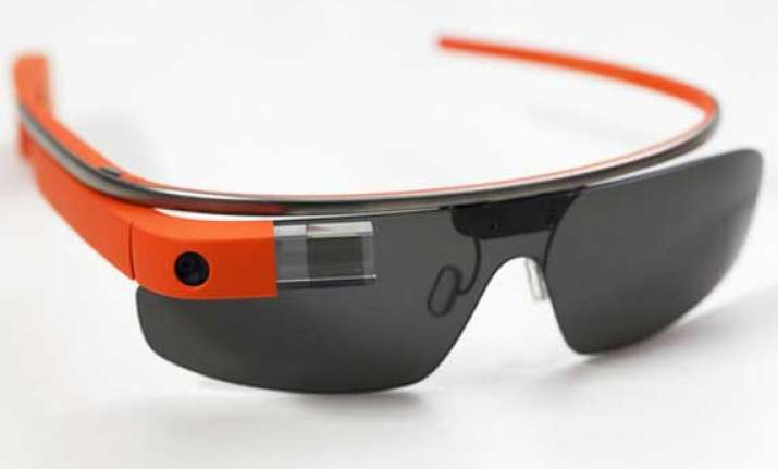 google releases five mini games for glass eyewear to