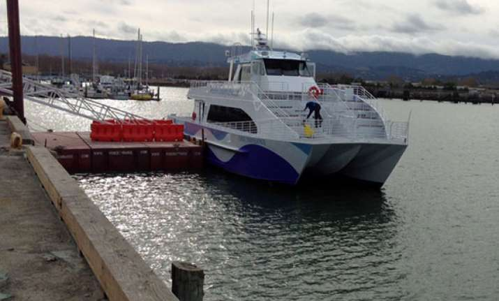 google tries ferry service for workers in east bay