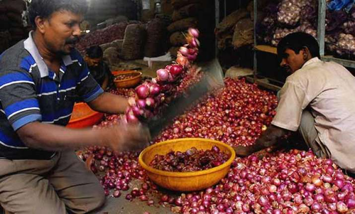 govt may ban onion exports to check price rise