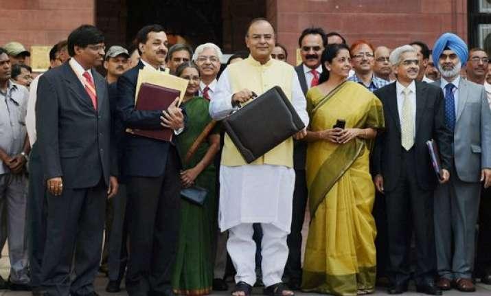 govt raises tax exemption limit under 80c to rs 1.5 lakh