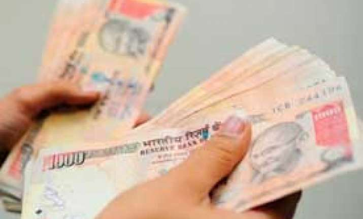 govt sets investment target of rs 1.15 lakh crore to ramp