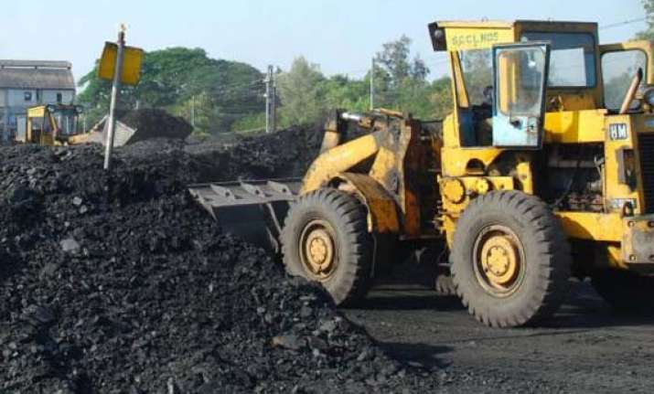 govt to sell 5 stake in coal india to fetch rs 8 400 cr