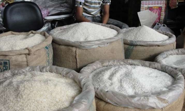govt allows additional export of 5 lakh tonnes of sugar