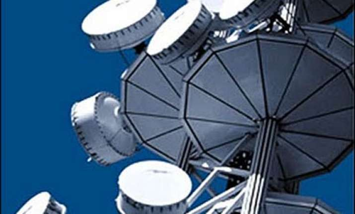govt asks bharti vodafone idea to stop 3g roaming pacts