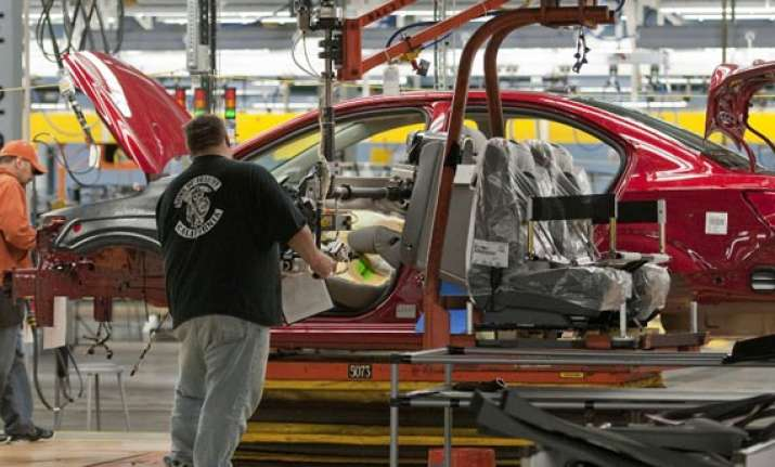 growth edges up in most big economies oecd