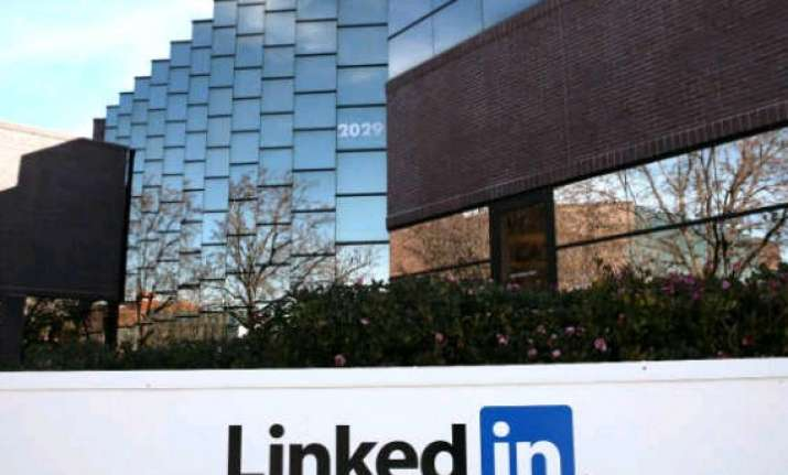 hcl tech partners linkedin to develop networking application