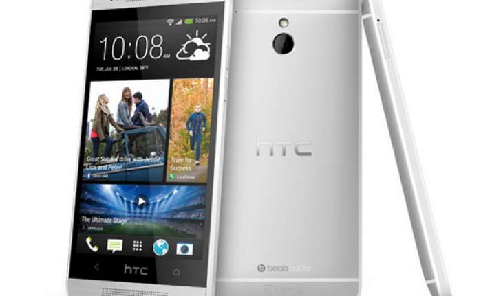 htc one wins best smartphone award at mobile world congress
