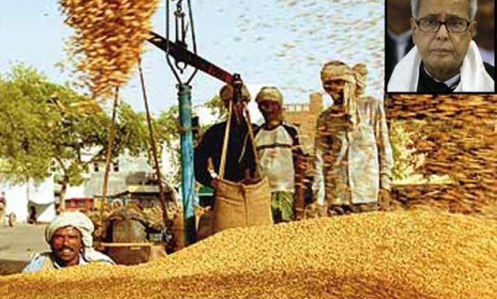 hike in procurement prices causing pricerise says pranab