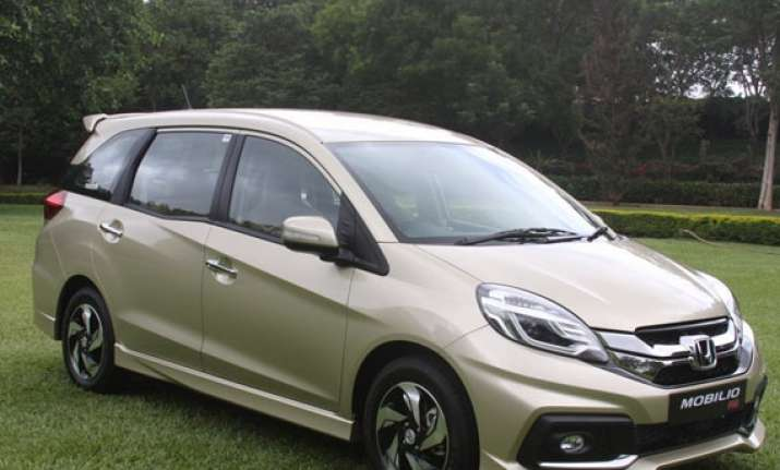 honda launches mobilio mpv at rs 6.49 lakh