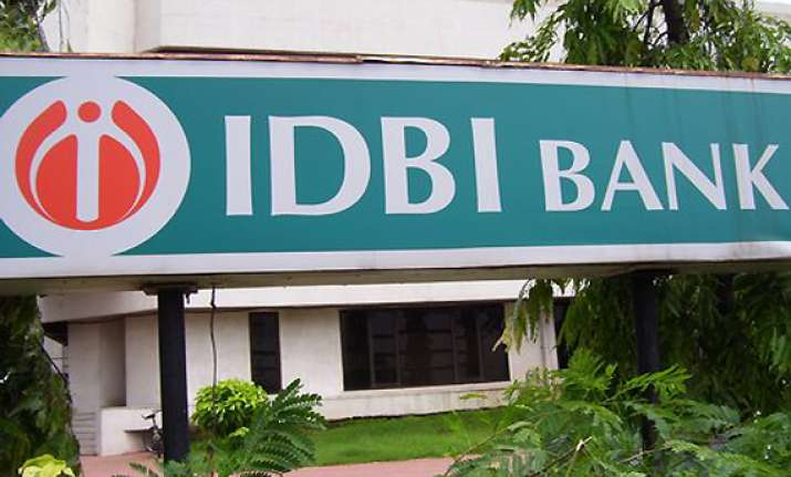 idbi in talks to float infra debt fund