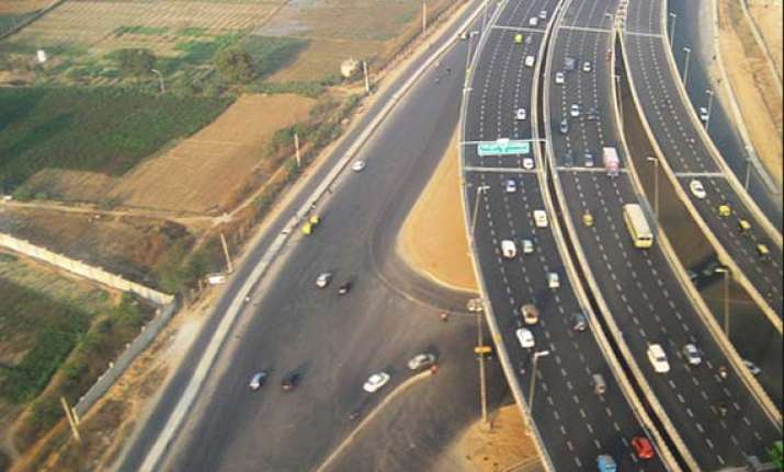 idfc looks for exit from gurgaon highway deal