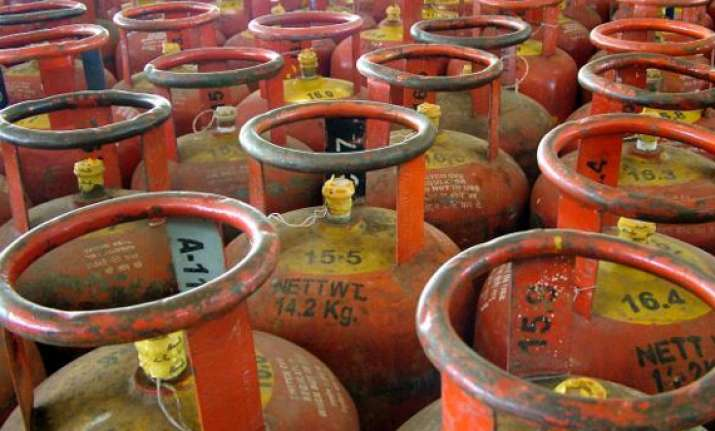 idea ioc enter into pact for 24x7 lpg booking