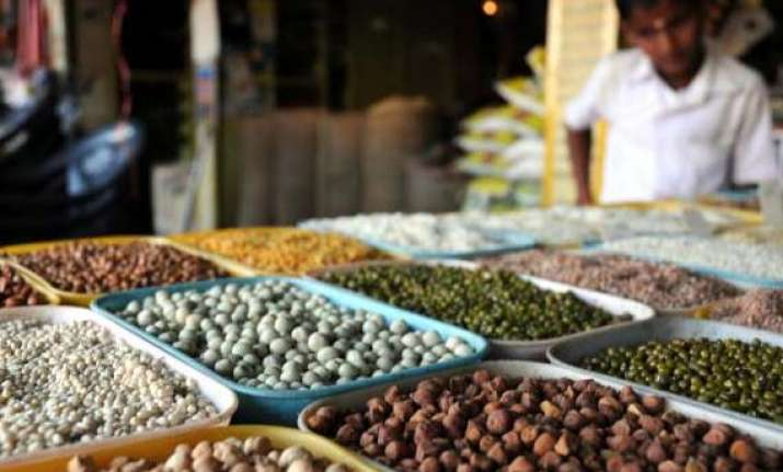 india produces record pulses in 2012 13