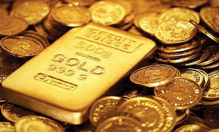 gold extends gains on seasonal demand global cues