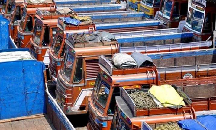 truckers strike enters 5th day deadlock continues