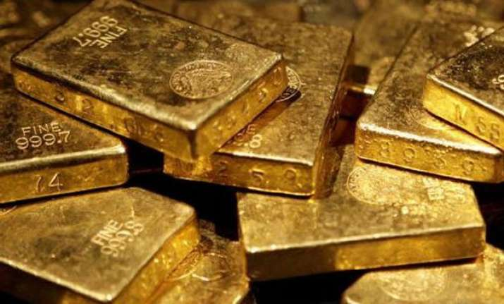 gold plunges rs 180 on global cues snaps two day rally