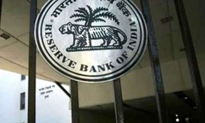 rbi says onus of forming jlf on lead bank warns of penalty
