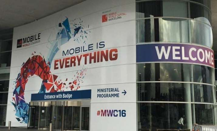 mwc 2016 roundup samsung lg lenovo others show off their