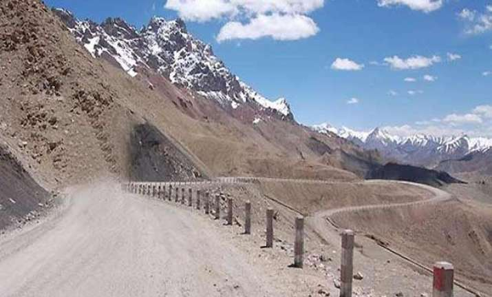 budget focuses on road network on borders with china