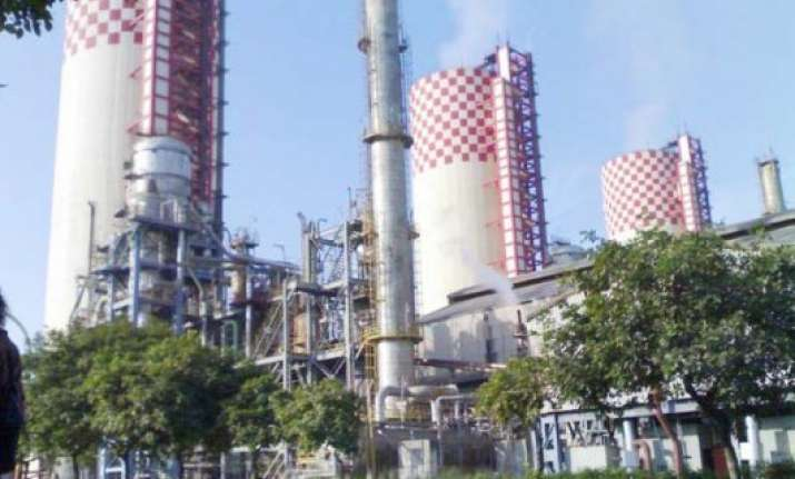 government planning to sell 5 per cent stake in rcf next