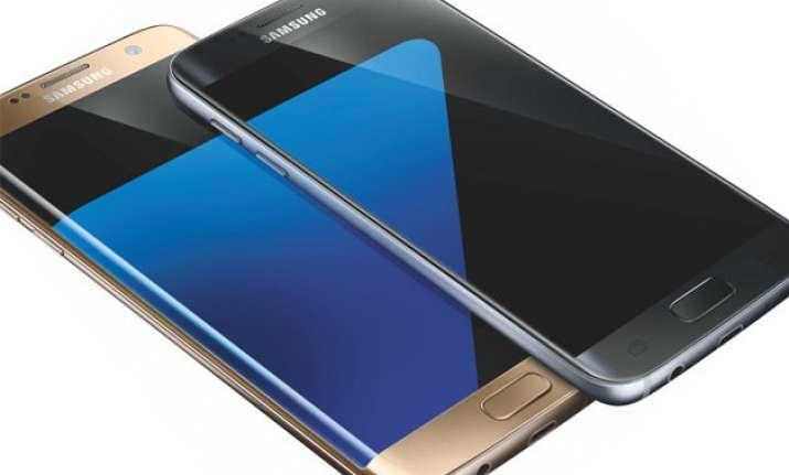 samsung launches galaxy s7 and s7 edge 5 things you need to