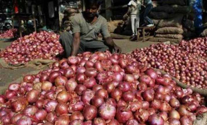 wholesale onion price soars 70 in a month