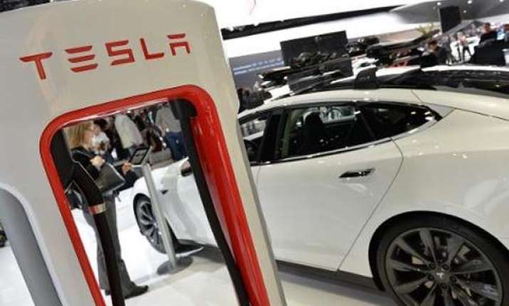Electric cars could soon be charged by their own bodies