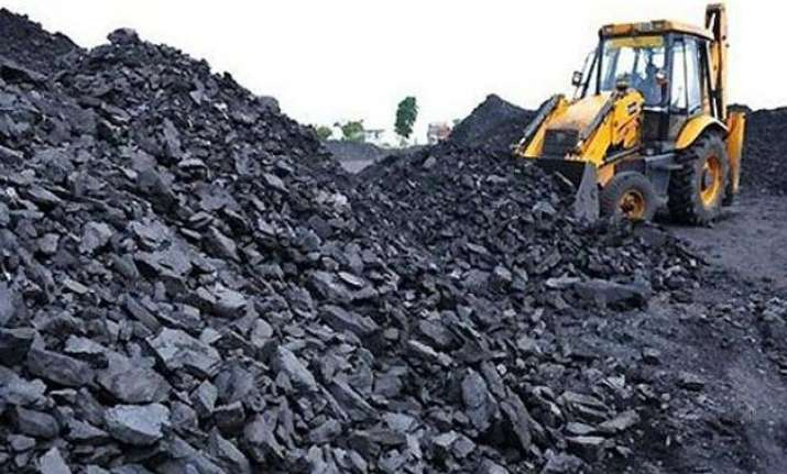 cil lto start auction of coal linkages to non power sectors