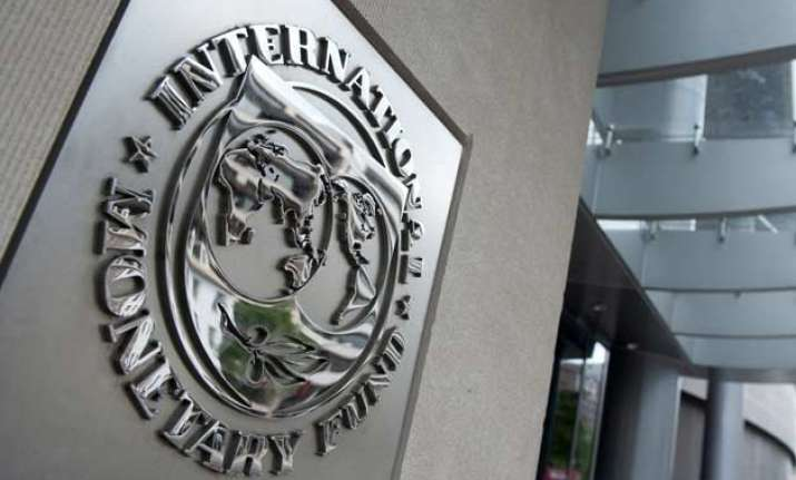 indian banks late in passing on lending rate cuts imf
