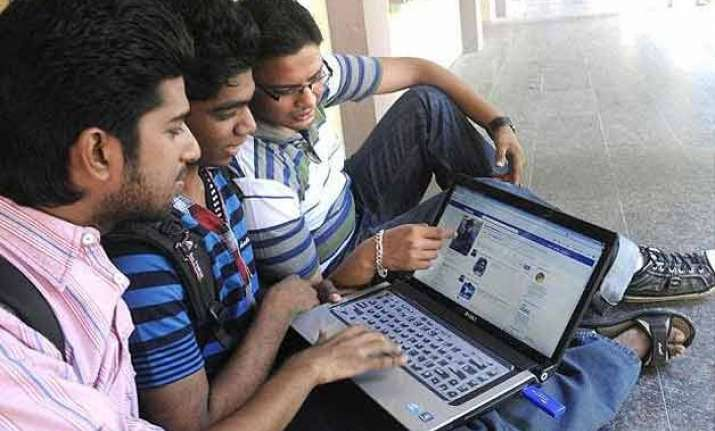 facebook s internet.org attracts 8 lakh users in india