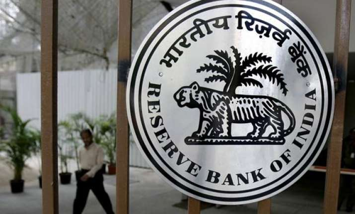 make in india should not merely focus on manufacturing rbi