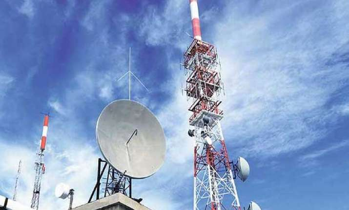 spectrum bids total rs 105 000 crore after 17 days of