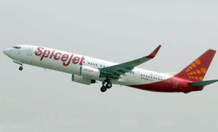 spicejet presents revival plan to government