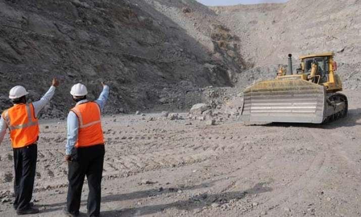 vedanta explores merging cairn hindustan zinc anil agarwal