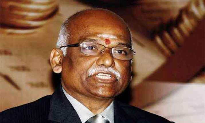 gandhi asks banks to brace for high attrition levels