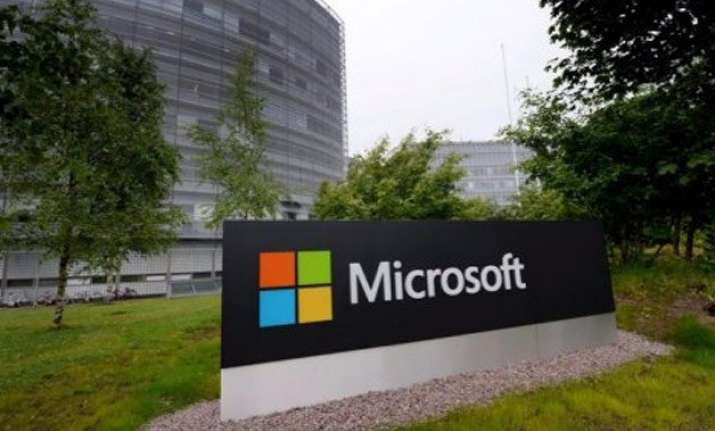 microsoft plans to close its plant in salo