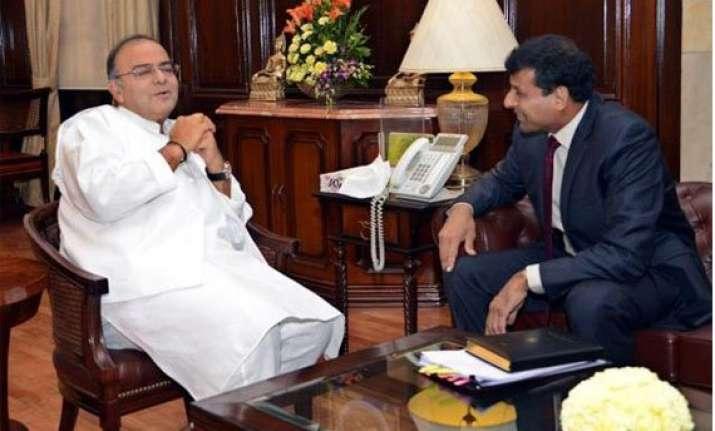 arun jaitley to meet rbi governor raghuram rajan for