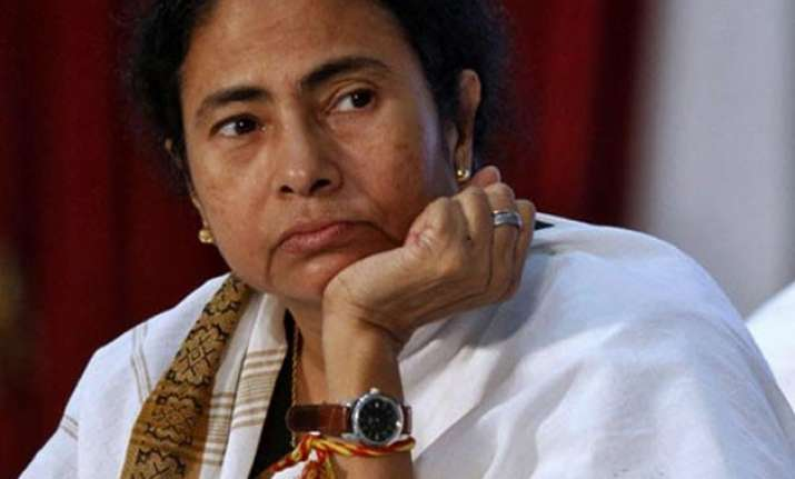 mamata eyes big ticket investments in poll bound west bengal