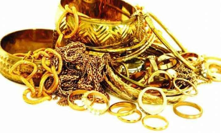 gold price may slide down to rs.23 500 per 10 grams