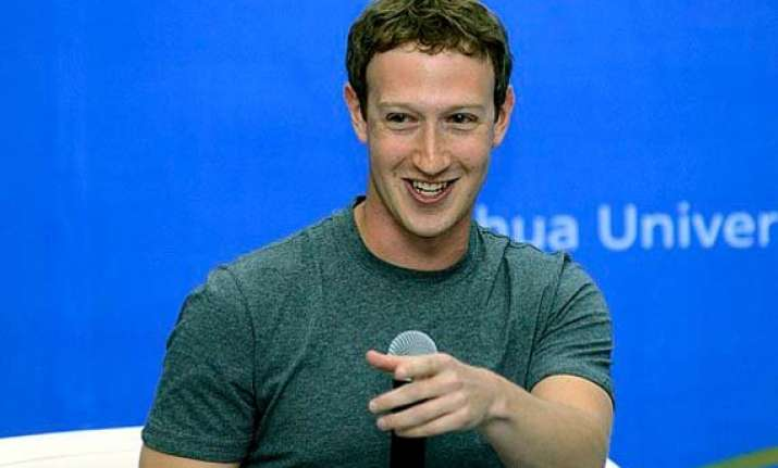 zuckerberg speaks chinese in beijing amidst cheer