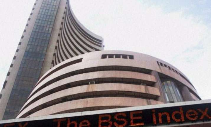 sensex down 133 points in early trade tcs plunges 3.92 pc
